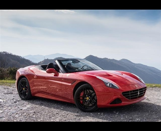 0000_Ferrari-California_luxury_driver (Small)