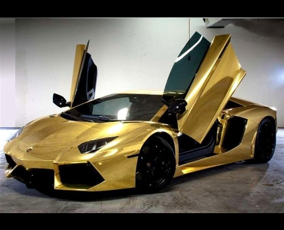 0003_lamborghini_oro__luxury_driver (Small)