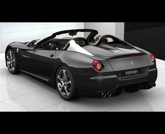 0014_ferrari_luxury_driver (Small)