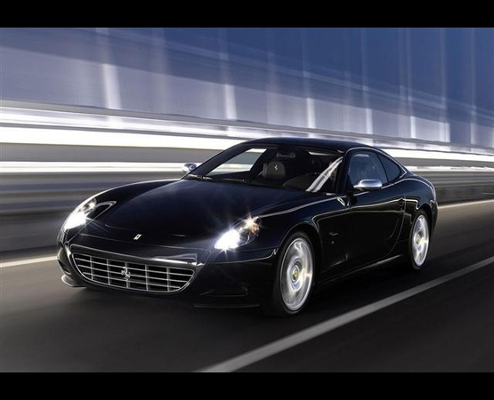 10_OK_ferrari_luxury_driver (Small)