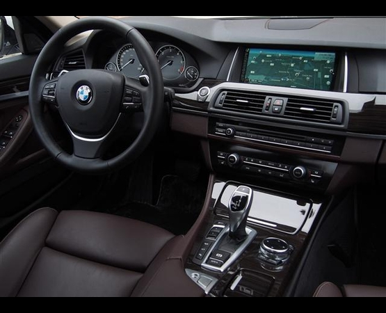 BMW 535 m_interni (Small)