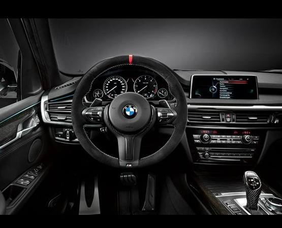 BMW X5 M_interni (Small)