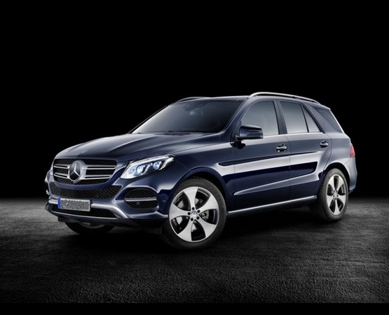 Mercedes GLE SUV_2 (Small)