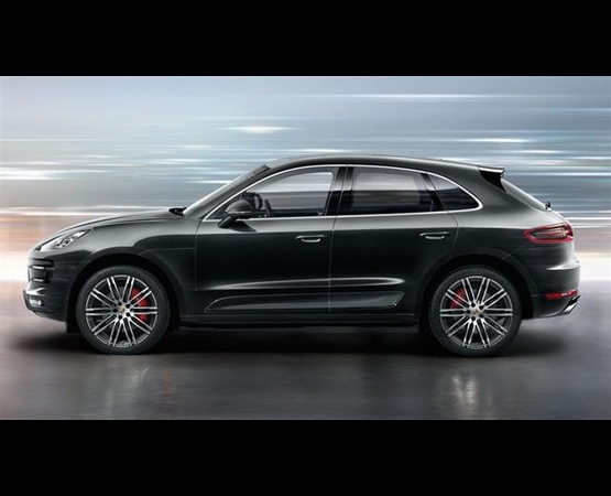 Porsche-Macan-Turbo (Small)