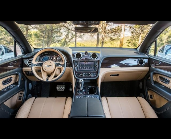 bentley-bentayga_interni (Small)